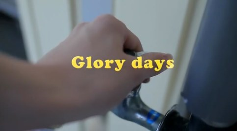 松井珠理奈 「Glory days」 PV:動画.flv_snapshot_00.02_[2013.02.04_16.18.54]